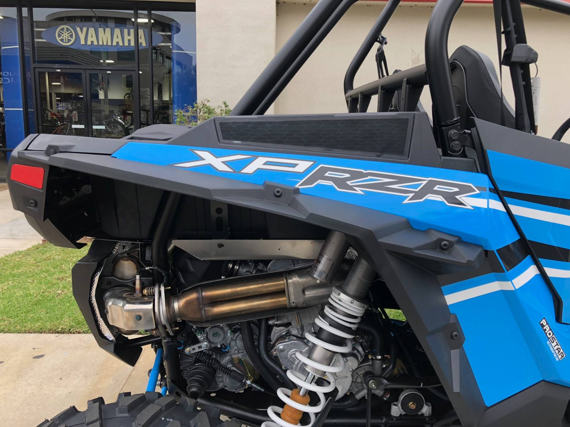 МОТОВЕЗДЕХОД POLARIS RZR XP 1000 EPS Sky Blue ― Артмото - купить квадроцикл в украине и харькове, мотоцикл, снегоход, скутер, мопед, электромобиль