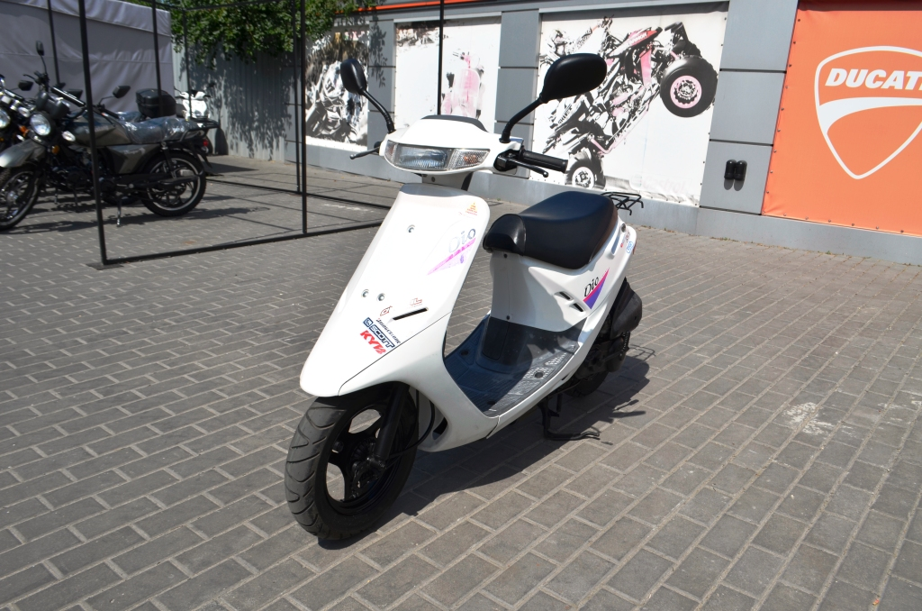 МОПЕД HONDA DIO AF18  Артмото - купить квадроцикл в украине и харькове, мотоцикл, снегоход, скутер, мопед, электромобиль