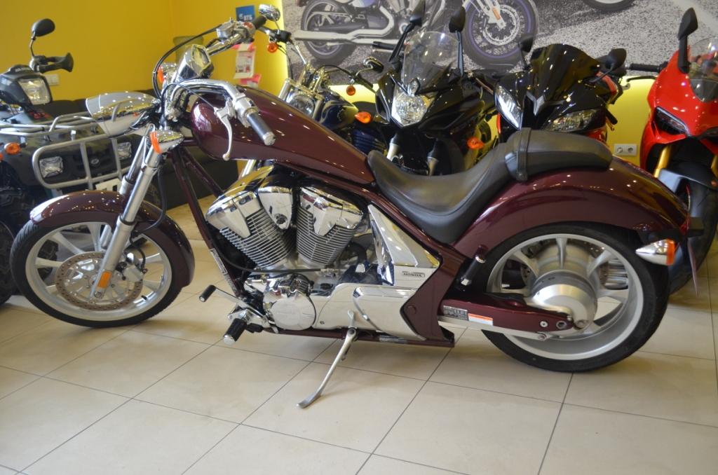 МОТОЦИКЛ HONDA FURY VT1300CX  Артмото - купить квадроцикл в украине и харькове, мотоцикл, снегоход, скутер, мопед, электромобиль