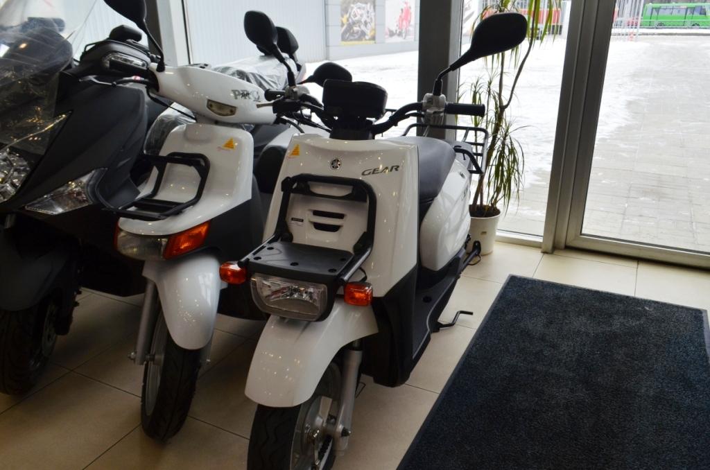 МОПЕД YAMAHA GEAR 4T  Артмото - купить квадроцикл в украине и харькове, мотоцикл, снегоход, скутер, мопед, электромобиль