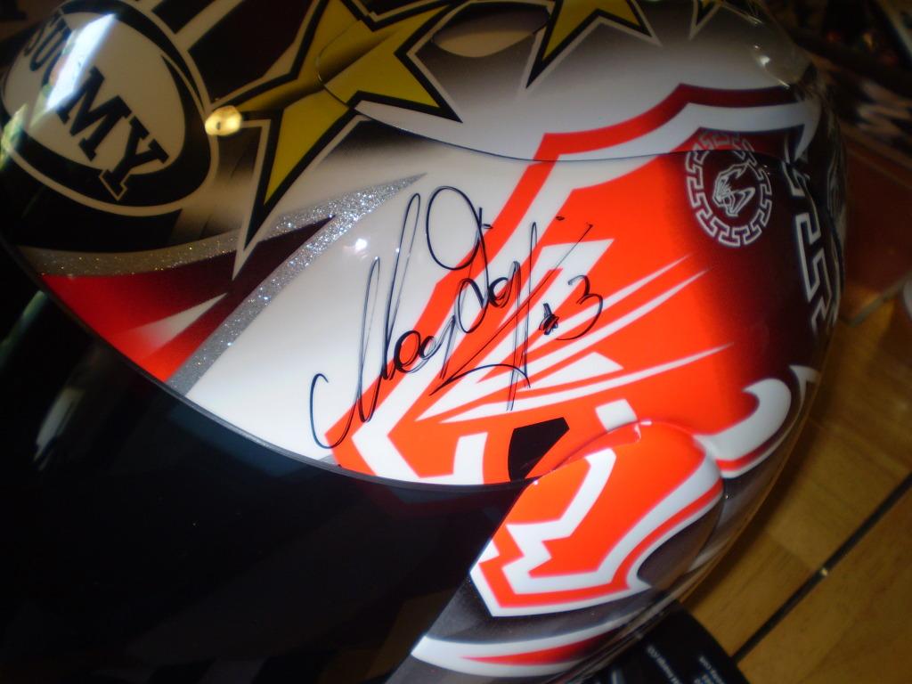 Мотошлем Suomy Extreme Max Biaggi Autographed (Very Rare)  Артмото - купить квадроцикл в украине и харькове, мотоцикл, снегоход, скутер, мопед, электромобиль