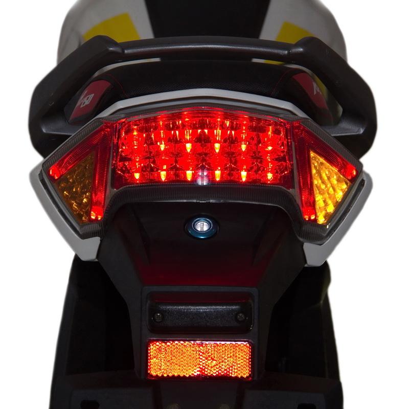 МОТОЦИКЛ LIFAN KP MINI (LF150-5U) TEAM EDITION  Артмото - купить квадроцикл в украине и харькове, мотоцикл, снегоход, скутер, мопед, электромобиль
