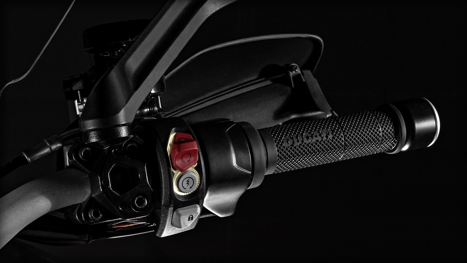 МОТОЦИКЛ DUCATI MULTISTRADA 1200 S ― Артмото - купить квадроцикл в украине и харькове, мотоцикл, снегоход, скутер, мопед, электромобиль