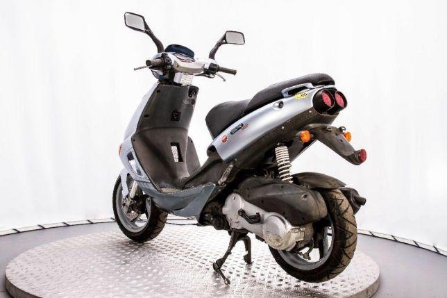 СКУТЕР APRILIA SR 125 ― Артмото - купить квадроцикл в украине и харькове, мотоцикл, снегоход, скутер, мопед, электромобиль