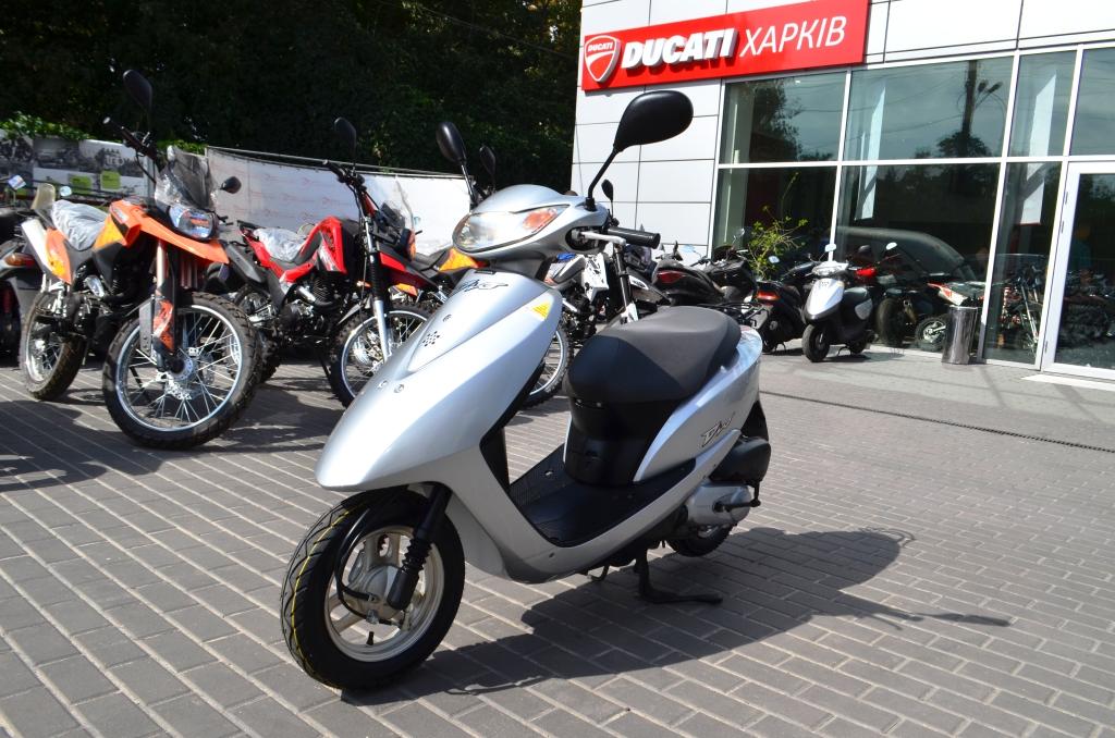 МОПЕД HONDA DIO AF68 4Ti ― Артмото - купить квадроцикл в украине и харькове, мотоцикл, снегоход, скутер, мопед, электромобиль