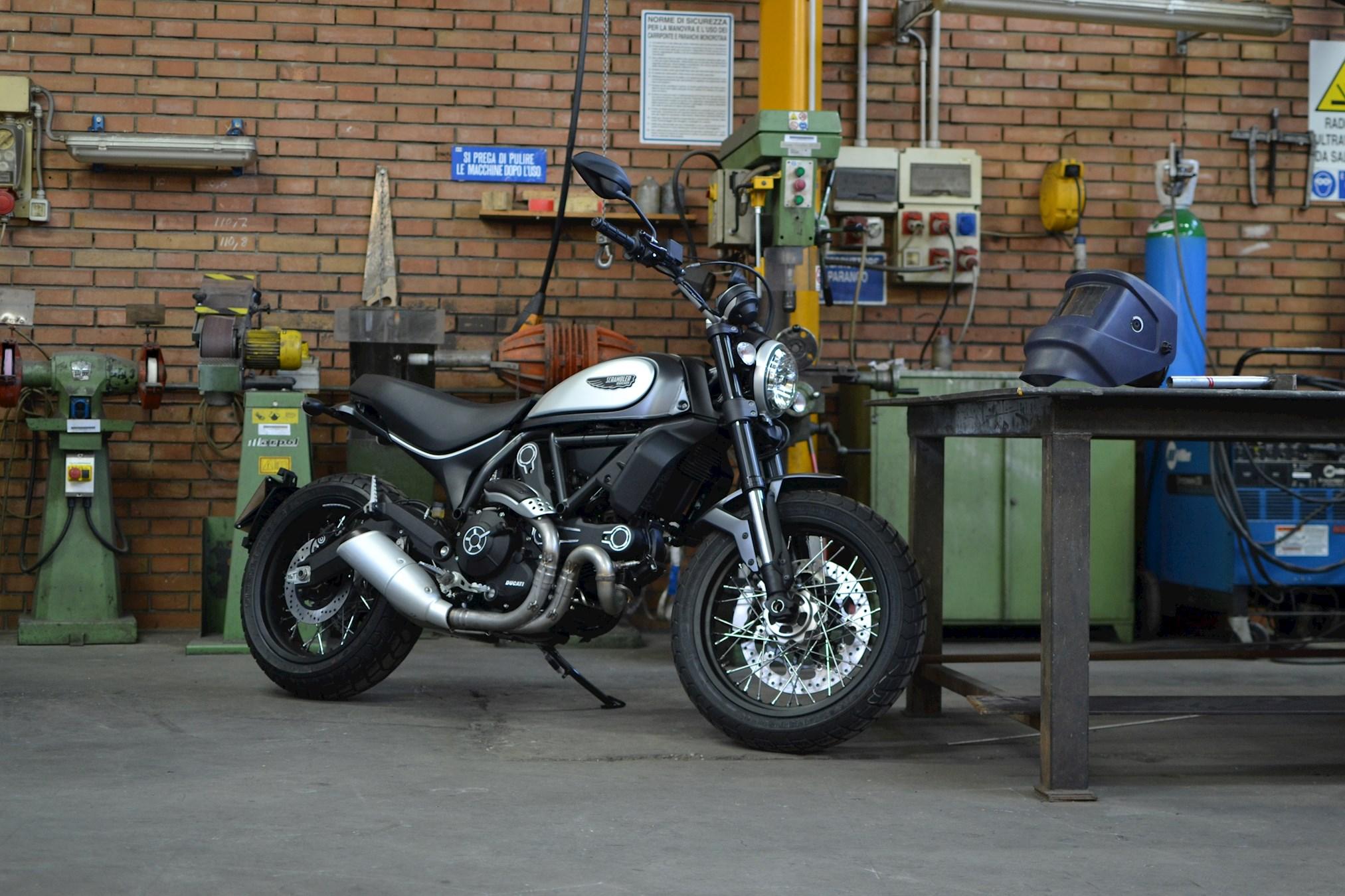 МОТОЦИКЛ DUCATI SCRAMBLER STREET CLASSIC ― Артмото - купить квадроцикл в украине и харькове, мотоцикл, снегоход, скутер, мопед, электромобиль