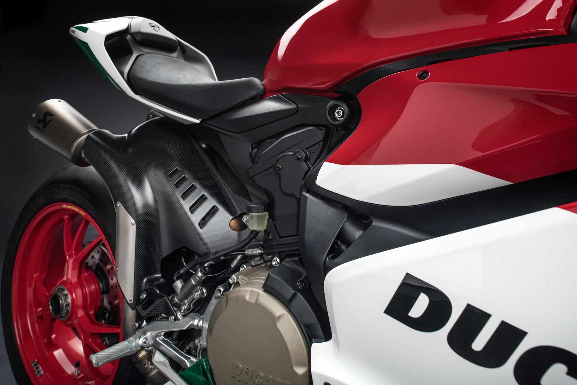 МОТОЦИКЛ DUCATI SUPERBIKE 1299 R FINAL EDITION  Артмото - купить квадроцикл в украине и харькове, мотоцикл, снегоход, скутер, мопед, электромобиль