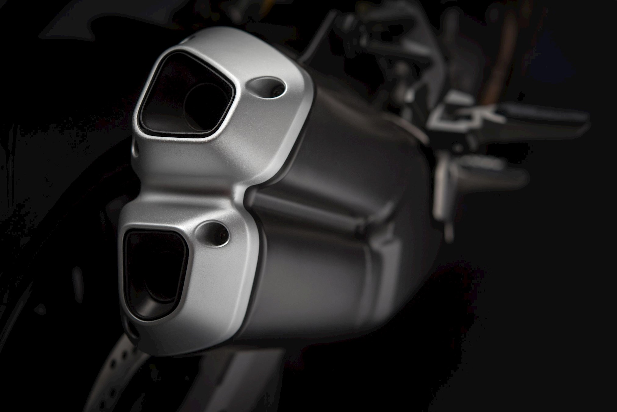 МОТОЦИКЛ DUCATI MONSTER 821 Stealth  Артмото - купить квадроцикл в украине и харькове, мотоцикл, снегоход, скутер, мопед, электромобиль