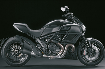 Diavel-MY18-Dark-01-Slider-Gallery-355х234