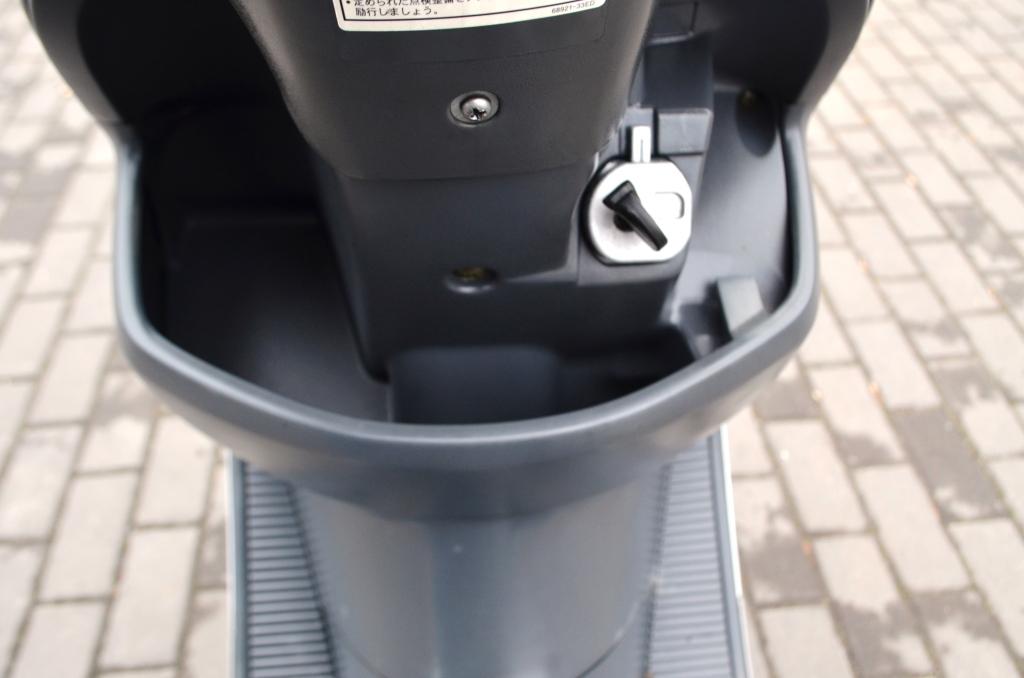 СКУТЕР SUZUKI ADDRESS 110  СЕРЕБРИСТЫЙ  Артмото - купить квадроцикл в украине и харькове, мотоцикл, снегоход, скутер, мопед, электромобиль